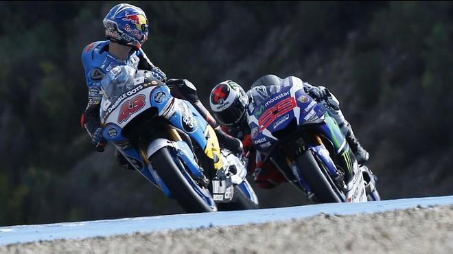 Lorenzo arrasa en els primers assajos del GP de Jerez