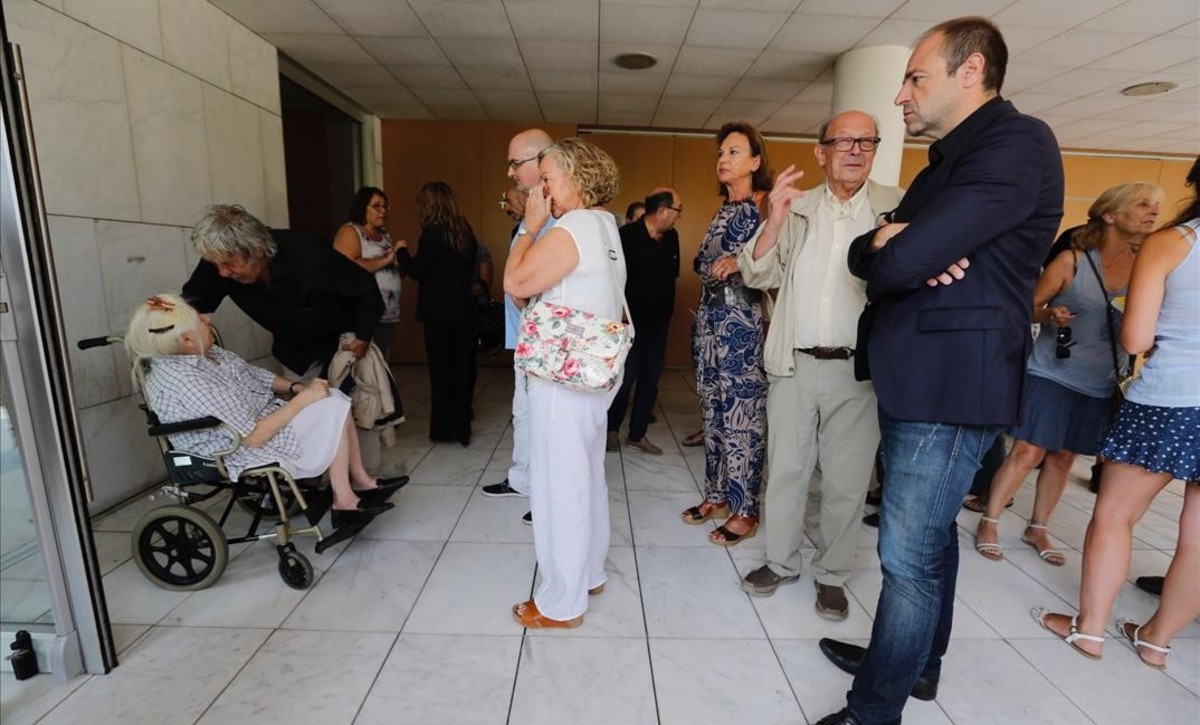 Un adéu republicà per a Víctor Mora