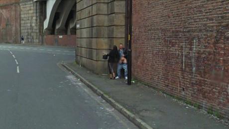 Google Street View pilla una masturbación en un callejón de Manchester
