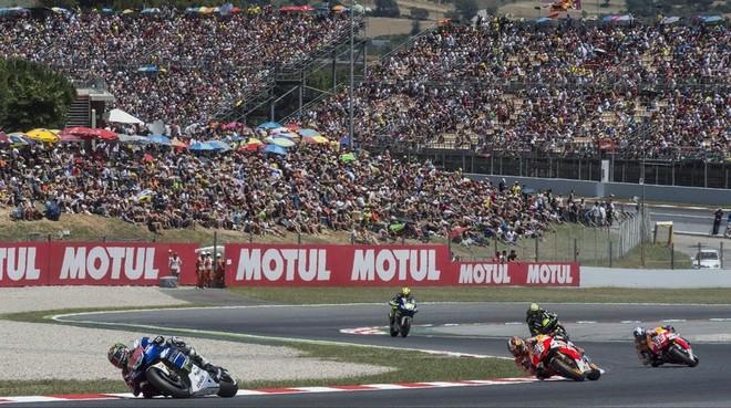 Lorenzo, Pedrosa y Márquez lideran el pelotón en Montmeló.