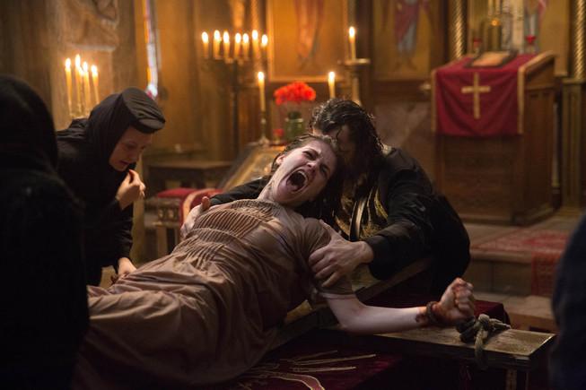 Fotograma de 'The crucifixion'.