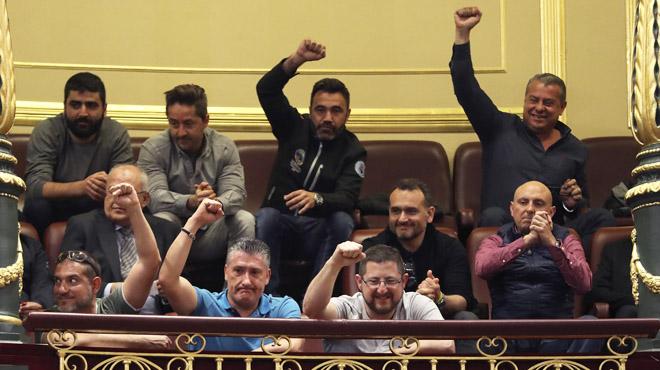 El Govern obté el vistiplau de Brussel·les al decret d'estiba mentre negocia el vot del PDeCat