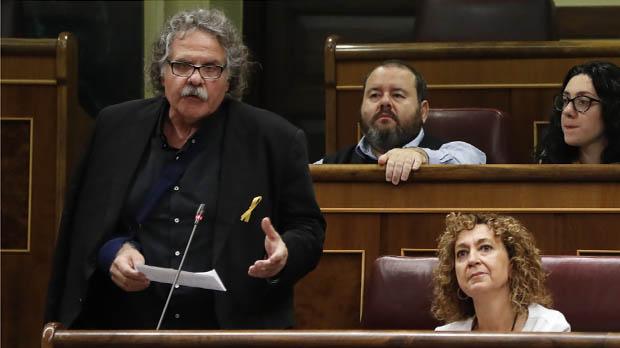 Sáenz de Santamaría rechaza que independentistas puedan dar lecciones de democracia