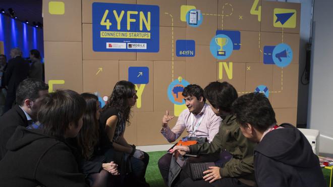 Participantes en el 4YFN participan en un encuentro de emprendedores en el MWC.