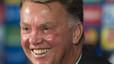 Van Gaal decide ahora continuar como entrenador