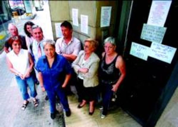Movilizaci n contra un piso destinado a la prostituci n for Pisos asiaticas barcelona