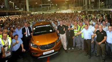 La planta de General Motors/Opel en Figueruelas (Zaragoza) ha celebrado hoy la ceremonia del comienzo de producci�n en serie del nuevo MOKKA X.
