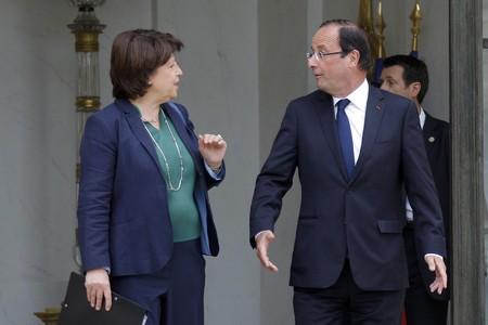 François Hollande, con Martine Aubry, en el palacio del Eliseo, este miércoles.
