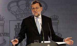 El presidente del Gobierno en funciones, Mariano Rajoy, en rueda de prensa.
