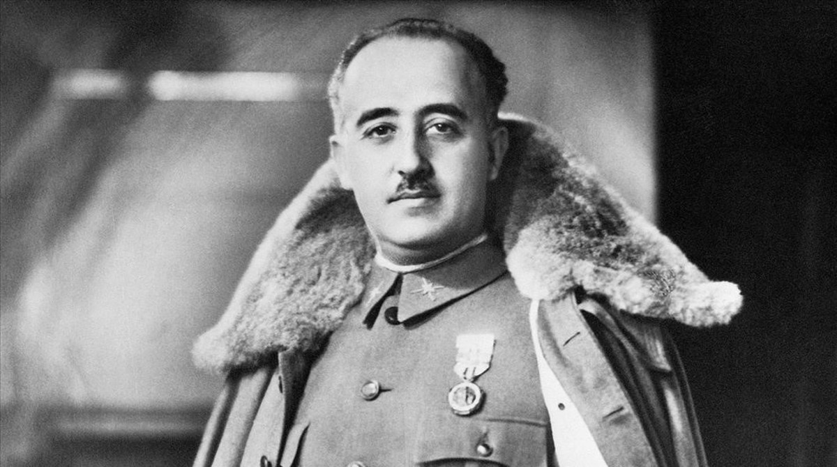 Retrato oficial de Francisco Franco.