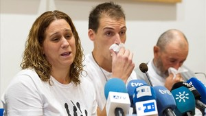Almudena Hidalgo y Antonio Vivar los padres de Lucia la nina de tres anos hallada muerta en la via del tren el pasado 28 de julio en Pizarra Malaga