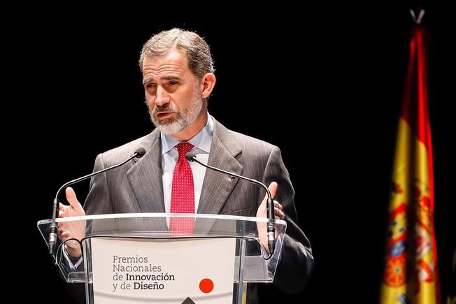 El Rey Felipe VI honra al presidente de Portugal