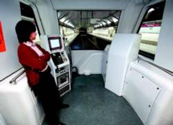 el futuro metro sin conductor de la l 9 pasa el examen de