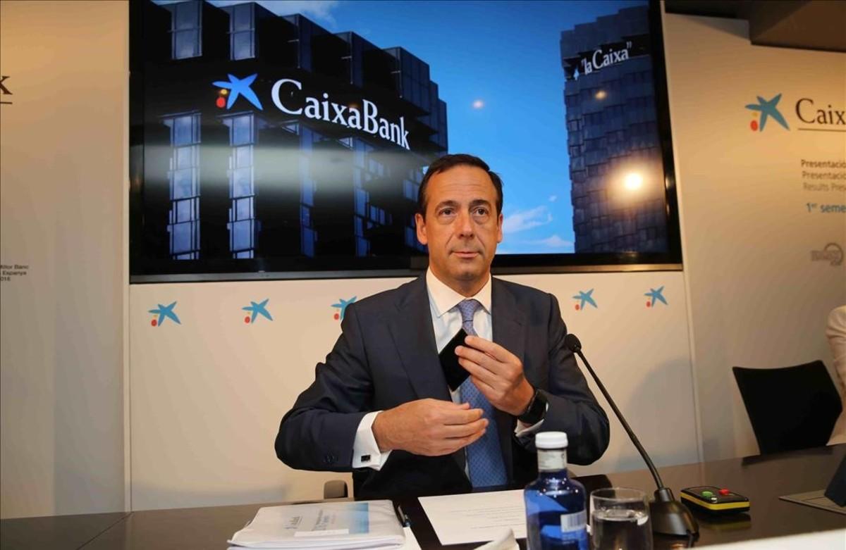 Caixabank gana 638 millones 9 9 menos por el impacto for Clausula suelo caixabank