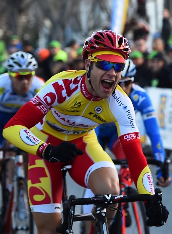 El ciclista Antoine Demoiti� muere en competici�n tras ser arrollado por una moto