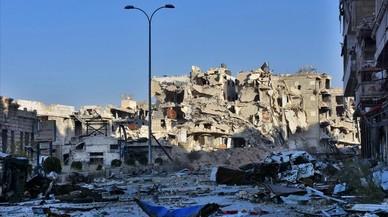 Edificios destruidos por los bombardeosen el barrio de Bustan al-Basha de Alepo,Síria.