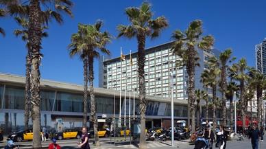 Rescatat un banyista a la platja de la Barceloneta en estat greu