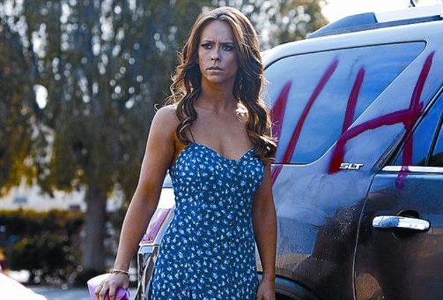 Jennifer Love Hewitt vuelve con 'The client list'