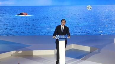 Rajoy manté Cospedal i reforça Maíllo en el PP