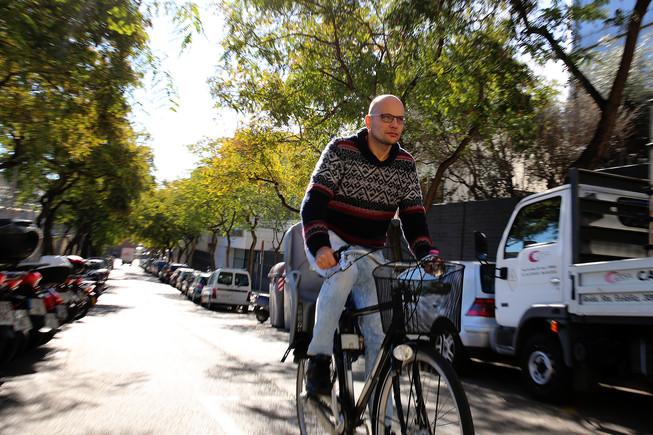 Luca Tancredi, uno de los participantes en el ensayo sobre la calidad del aire de Barcelona.