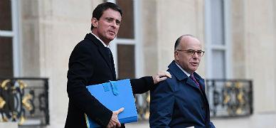 Manuel Valls (izquierda) y Bernard Cazeneuve. el pasado 23 de noviembre.