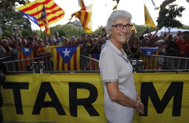 Muriel Casals tras aprobarse la Ley de Consultas en el Parlament en 2014.