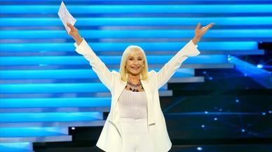 Raffaella Carrà reviu a la gala '60 años juntos' de TVE