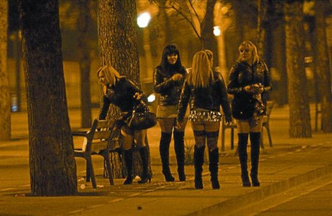 chinas prostitutas barcelona es legal la prostitución