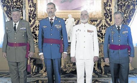 El rey Felipe, ayer en el Palacio Real, en una audiencia militar a los tres ej�rcitos.