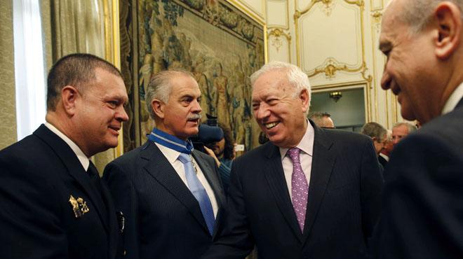 Margallo alerta a sus homólogos extranjeros sobre un Gobierno con Podemos