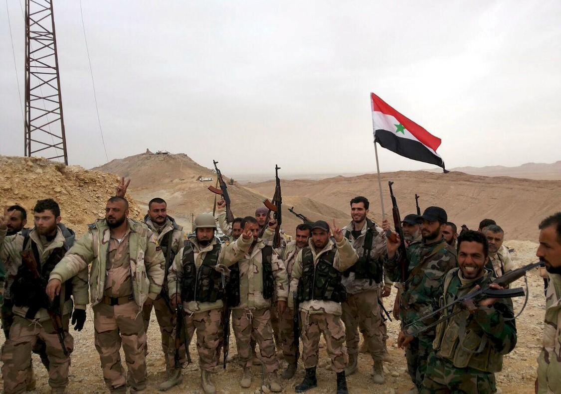 El Ejército sirio celebra su victoria en la ciudad de Palmira