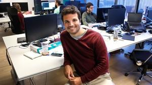 Àlex Espel, en la sede de la empresa Clintu.es.