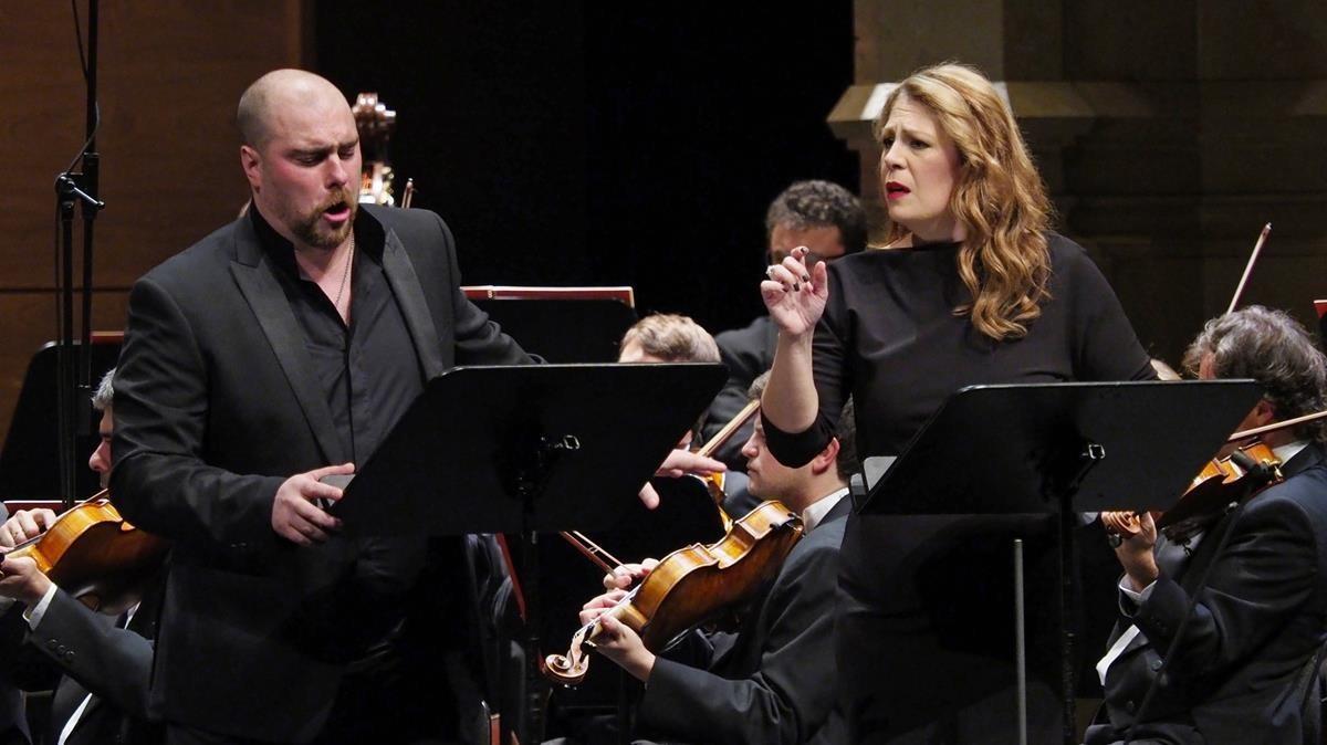 Sondra Radvanovsky y Gregory Kunde, interpretando Poliuto en el Liceu