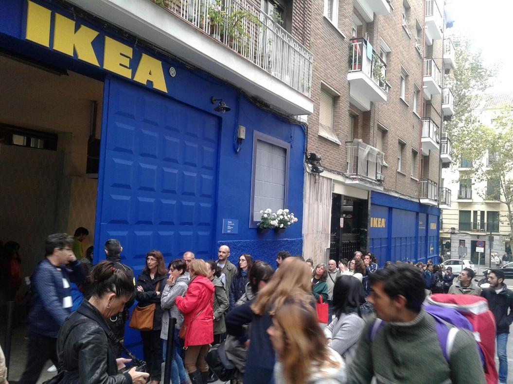 ikea abre tiendas temporales en el centro de barcelona y