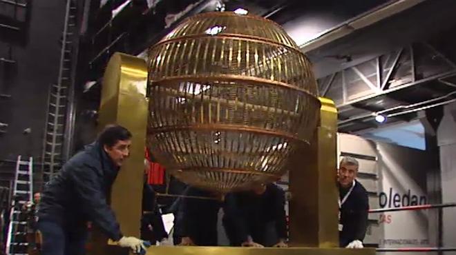 Els bombos de la loteria de Nadal arriben al Teatro Real de Madrid