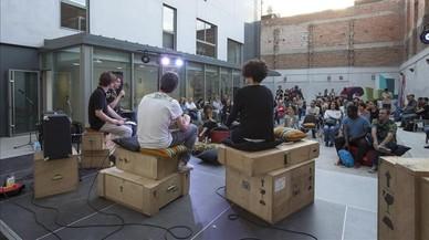 Els centres cívics acolliran concerts, teatre, circ i dansa per crear nous públics