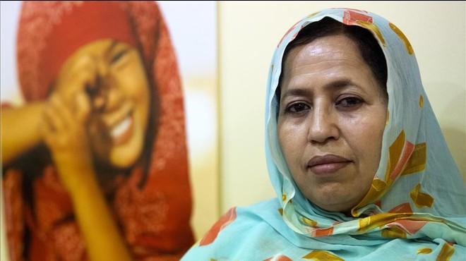 Jira Bulahi, delegada saharaui en Espa�a, fotografiada en la sede del Polisario en Madrid.