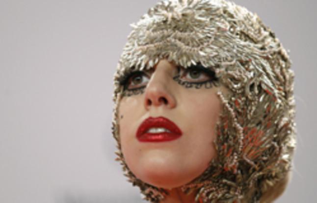 Lady Gaga ofrecer� ayuda psicol�gica a sus seguidores