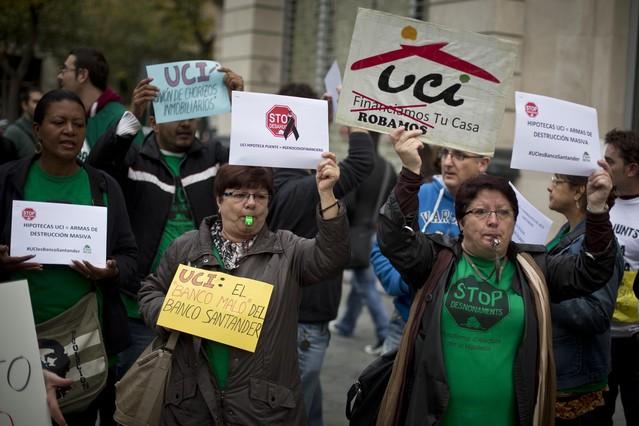 Los jueces empiezan a paralizar los desahucios lentamente for Oficinas western union en barcelona