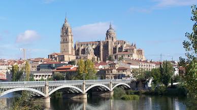Un home de 52 anys mor degollat pel seu fill de 18 anys a Salamanca