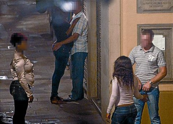 prostitutas barcelona a domicilio prostitutas follando con clientes