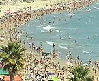 La llegada de turistas extranjeros bate récord en el sector, a la vez que el turismo nacional no aumenta sino que sigue viéndose afectado por la situación económica actual.