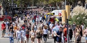esala34847582 barcelona 28 07 2016 turismo turistas en la rambla colon fot161201172924