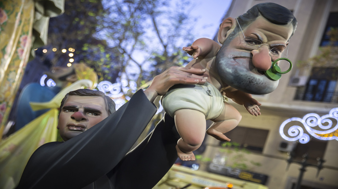 Els ninots de les Falles de València 2017 tornen a estar protagonitzats per reconegudes personalitats de la política i la televisió