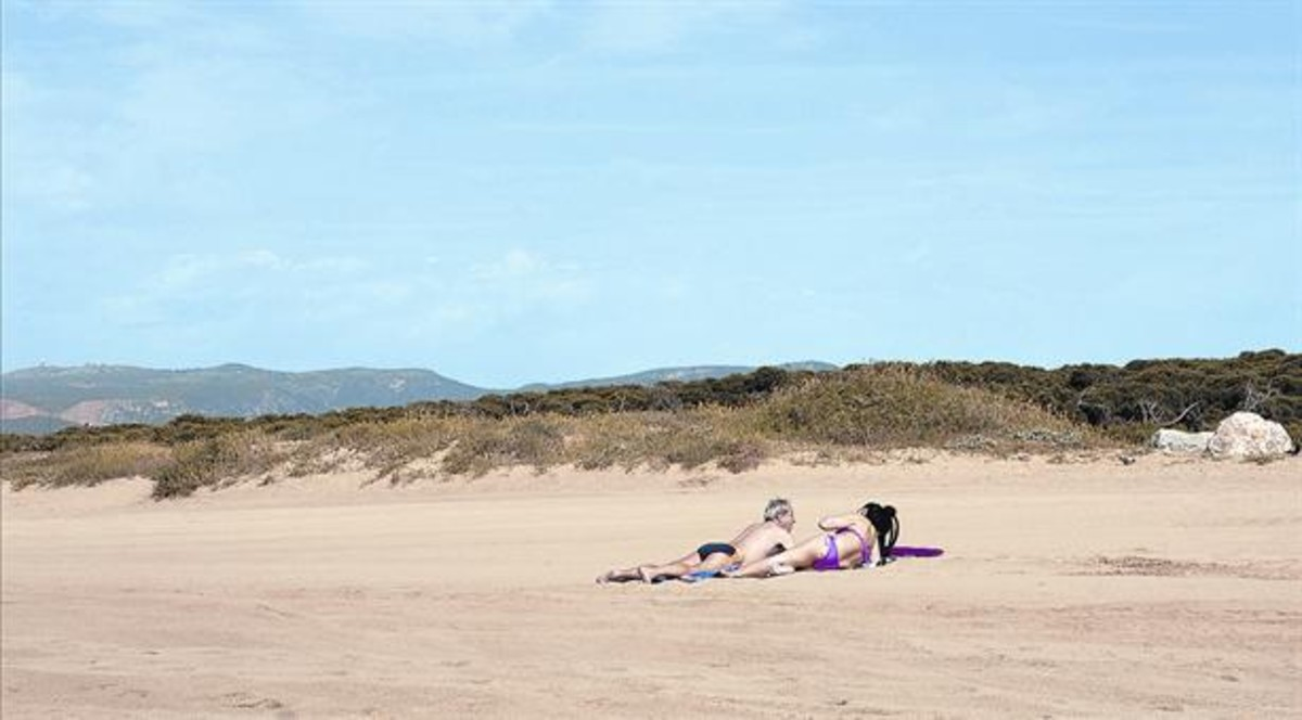 Anchura óptima. Las playas de Gavà son ideales para plantar dunas híbridas