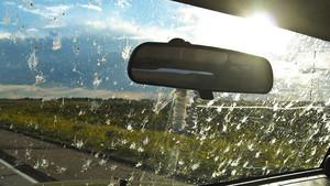 Consejos para mantener limpios los cristales de tu coche