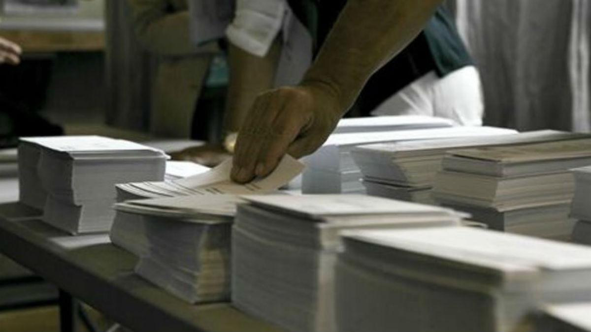 Papeletas, en un colegio electoral.