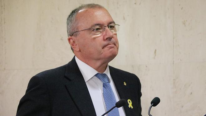Carles Pellicer, denunciat per delicte d'odi després de firmar una carta contra la presència policial a Reus.