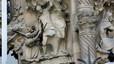 Cau un tros d'escultura de la Sagrada Família sense causar ferits