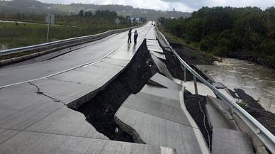 Xile aixeca l'alerta de tsunami després de patir un fort terratrèmol
